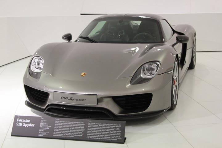 Porsche Museum 918 Spyder